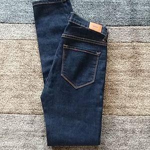 BDG Cigarette Ankle Jeans